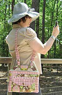 Hip Hip Hurray Cross body bag pattern by Henny Penny Patterns