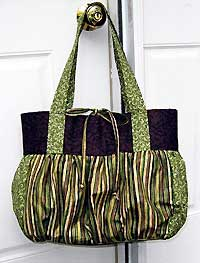 Crestwood Bag pattern by Indygo Junction