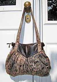 The Fiona Bag pattern by Jenna Lou Designs