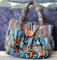 The Crestwood Bag pattern by Indygo Junction