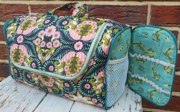 The Toiletry Tote Pattern * - Click Image to Close