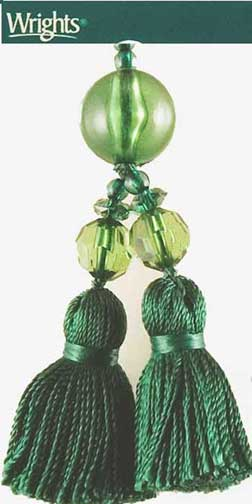 Beaded Tassel Zipper Pull in Jungle Green - Click Image to Close
