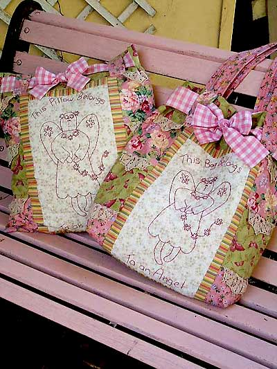 Angel Belongings Tote Bag Pattern and Pillow - Click Image to Close