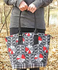 The Nina Bag Pattern by Around The Bobbin